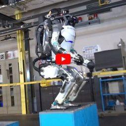 Робот сальто мортале назад