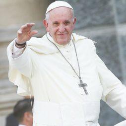 Папа Римский фото