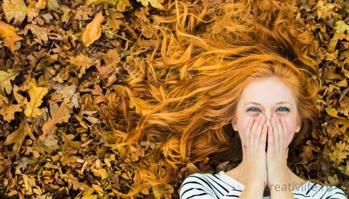 осень девушка рыжие волосы листья